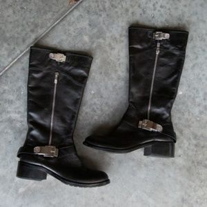 Black Leather Vince Camuto Waymin Motorcycle Boots